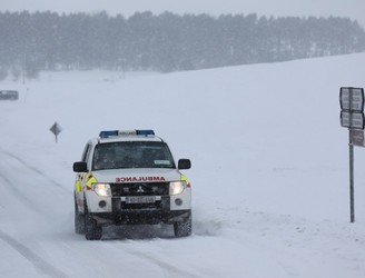 Emergency crews praised for 'incredible efforts' during blizzard conditions