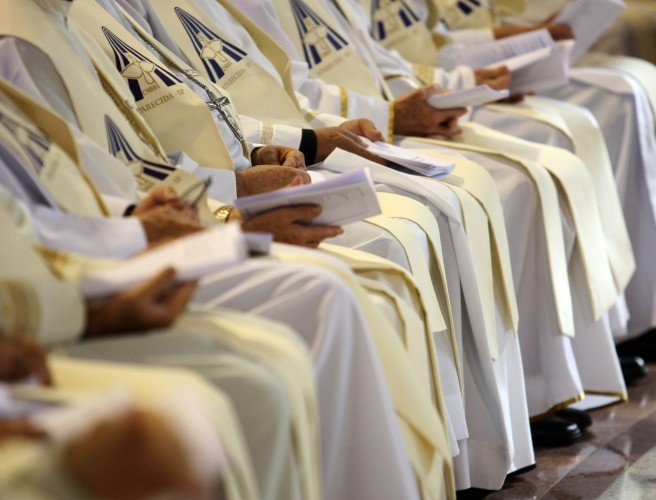 Brazilian clergymen arrested after allegedly stealing €490,000 from church goers