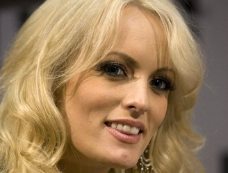 Stormy Daniels claims she was threatened to keep quiet about alleged Trump affair