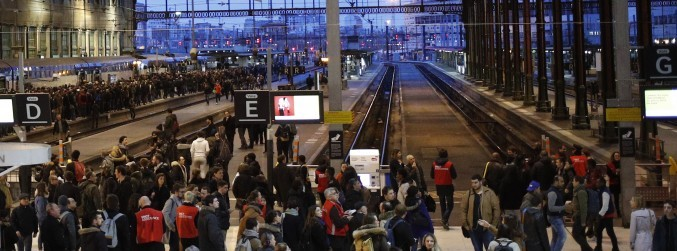 French rail workers begin major strike action over Macron's reform efforts