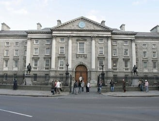Trinity College Dublin to become disposable plastic free zone