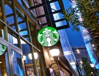 Men arrested in Philadelphia Starbucks settle case against city and company