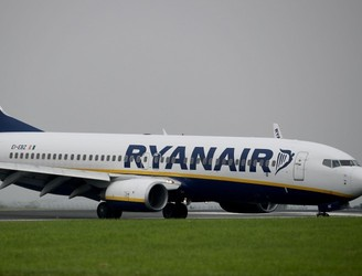 Ryanair claims 'no mandate' for planned strike by Dublin-based pilots