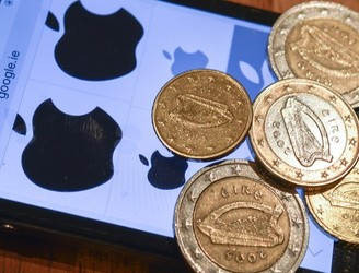 European Commission withdraws court action against Ireland over Apple taxes