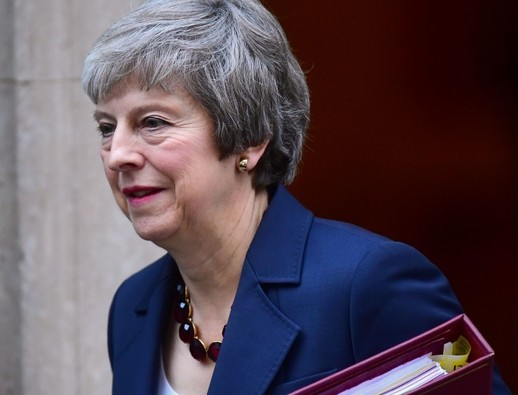 UK PM Theresa May's cabinet to support draft Brexit deal