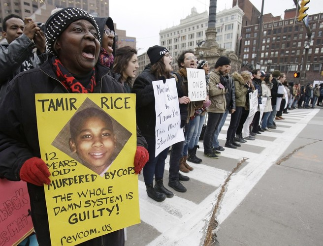 US police officer who shot dead 12-year-old will not face criminal charges