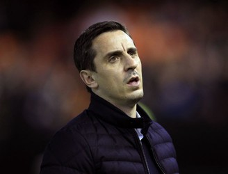 Gary Neville rejects question about his future as Valencia manager