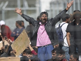 Pakistani migrants in detention camp stage protest out of fear they will be sent to Turkey