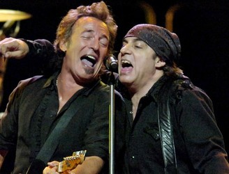 """We thought, we better make a stand right now"" - Stevie Van Zandt defends Bruce Springsteen decision to cancel gig"