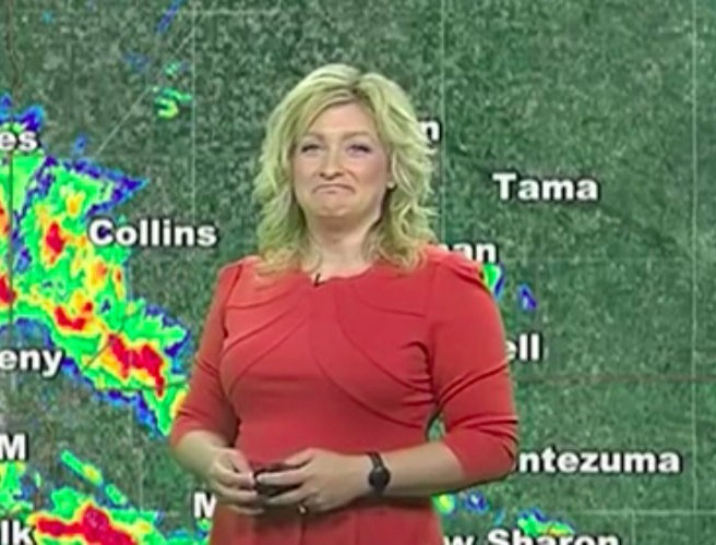 Weatherwoman has forcast interrupted by Windows 10 pop-up