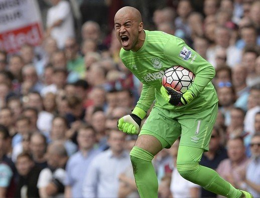 Ireland's Darren Randolph awarded new contract at West Ham United