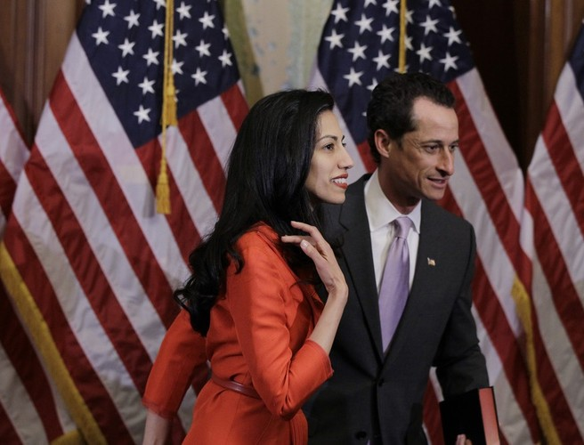 Clinton aide Huma Abedin splits with Anthony Weiner after latest sexting scandal
