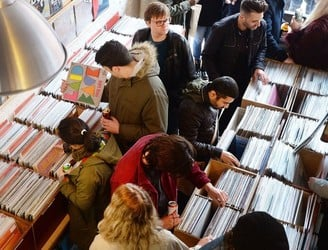 Sales of vinyl hit 25-year-high