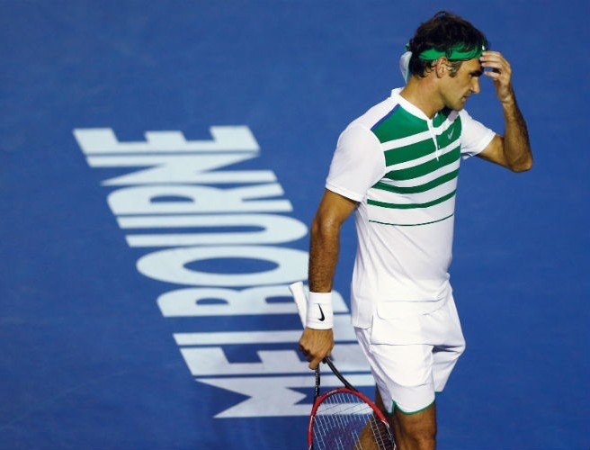 Roger Federer facing a month out following knee surgery