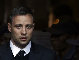 "Oscar Pistorius denies suicide ""speculations"" after being rushed to hospital"