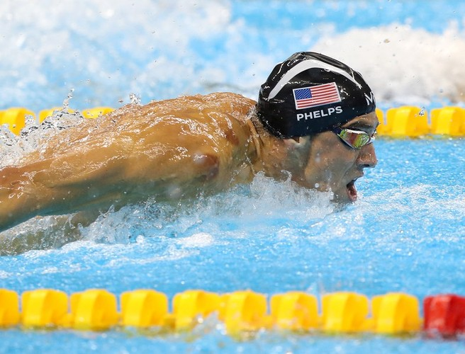 Michael Phelps breaks 2,000-year-old Olympic record